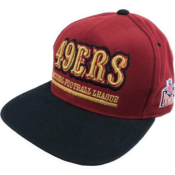 cf691438bb0f1f San Francisco 49ers hat Vintage 90's Snapback Cap.  M_5b04b4f384b5ce22c015bed6
